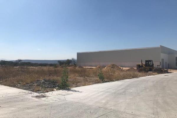 Foto de terreno industrial en venta en carretera panamericana kilometro 16.5, balvanera, corregidora, querétaro, 0 No. 02