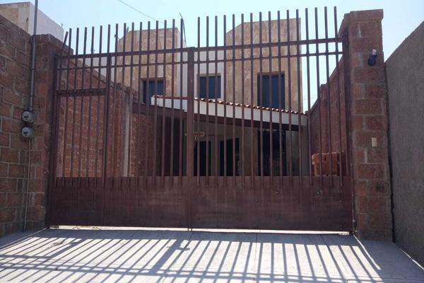 Foto de casa en renta en casa en renta -chipilo con amplio jardín 60 m2 . , chipilo de francisco javier mina, san gregorio atzompa, puebla, 20136375 No. 01