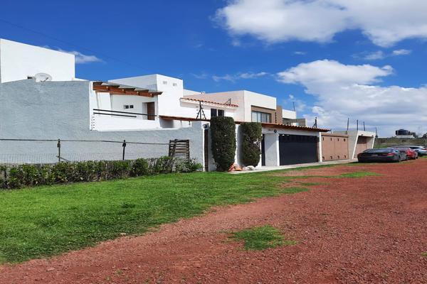 Foto de casa en renta en casa en venta en metepec edo. de méx. a unos pasos de avenida lerma- sor juana con acceso rapido a l , valle del cristal, metepec, méxico, 21045547 No. 04