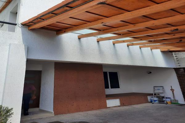 Foto de casa en renta en casa en venta en metepec edo. de méx. a unos pasos de avenida lerma- sor juana con acceso rapido a l , valle del cristal, metepec, méxico, 21045547 No. 05