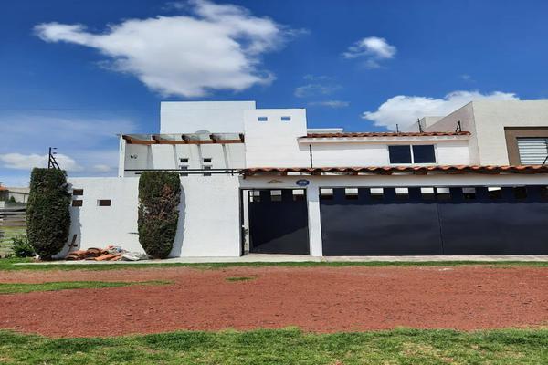 Foto de casa en renta en casa en venta en metepec edo. de méx. a unos pasos de avenida lerma- sor juana con acceso rapido a l , valle del cristal, metepec, méxico, 21045547 No. 06