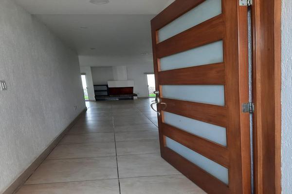 Foto de casa en renta en casa en venta en metepec edo. de méx. a unos pasos de avenida lerma- sor juana con acceso rapido a l , valle del cristal, metepec, méxico, 21045547 No. 08