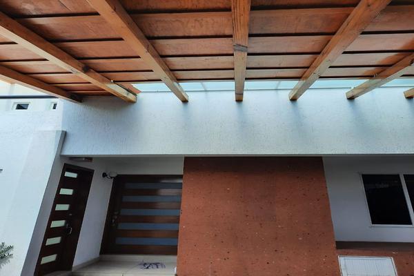 Foto de casa en renta en casa en venta en metepec edo. de méx. a unos pasos de avenida lerma- sor juana con acceso rapido a l , valle del cristal, metepec, méxico, 21045547 No. 09