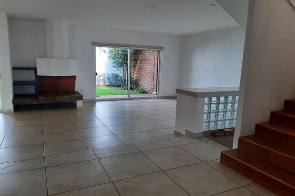 Foto de casa en renta en casa en venta en metepec edo. de méx. a unos pasos de avenida lerma- sor juana con acceso rapido a l , valle del cristal, metepec, méxico, 21045547 No. 10