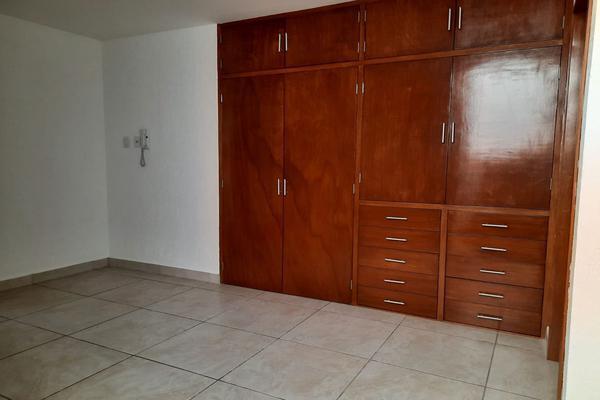 Foto de casa en renta en casa en venta en metepec edo. de méx. a unos pasos de avenida lerma- sor juana con acceso rapido a l , valle del cristal, metepec, méxico, 21045547 No. 30