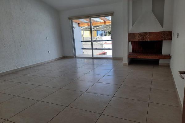 Foto de casa en renta en casa en venta en metepec edo. de méx. a unos pasos de avenida lerma- sor juana con acceso rapido a l , valle del cristal, metepec, méxico, 21045547 No. 36