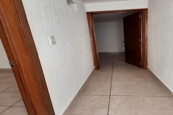Foto de casa en renta en casa en venta en metepec edo. de méx. a unos pasos de avenida lerma- sor juana con acceso rapido a l , valle del cristal, metepec, méxico, 21045547 No. 45
