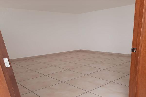 Foto de casa en renta en casa en venta en metepec edo. de méx. a unos pasos de avenida lerma- sor juana con acceso rapido a l , valle del cristal, metepec, méxico, 21045547 No. 48