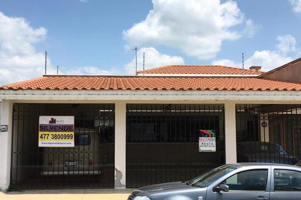 Foto de casa en venta en casa en venta, una planta. ., jardines del campestre, león, guanajuato, 8856298 No. 03
