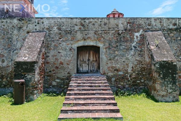 Foto de casa en venta en casco de la hacienda de santa cruz vista alegre , santa cruz vista alegre, mazatepec, morelos, 8721290 No. 02