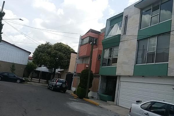 Foto de terreno habitacional en venta en  , centro, toluca, méxico, 14030447 No. 02