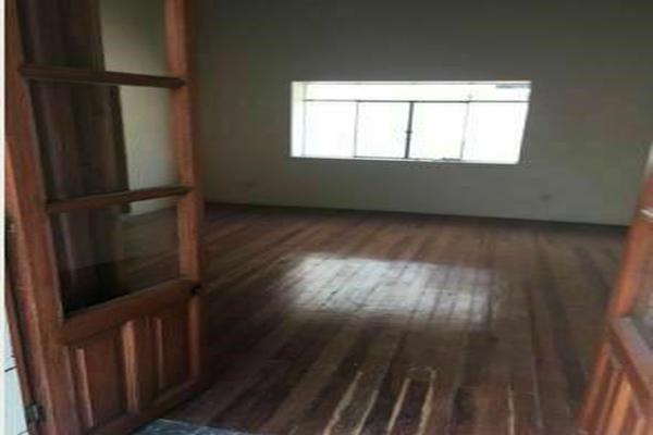 Foto de edificio en venta en  , centro, toluca, méxico, 20595030 No. 02