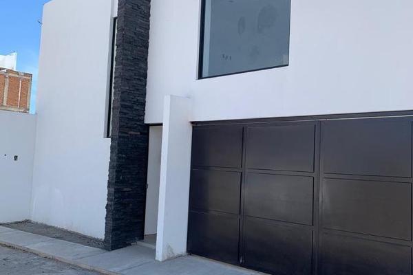 Foto de casa en venta en cerrada de panteon s/n , san salvador tizatlalli, metepec, méxico, 12271832 No. 02