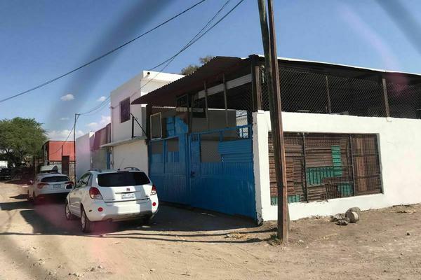 Foto de bodega en venta en cerrada del trueno , los pilares, querétaro, querétaro, 20346762 No. 01