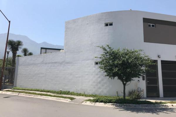 Foto de casa en venta en  , cerradas de cumbres sector alcalá, monterrey, nuevo león, 7954712 No. 02