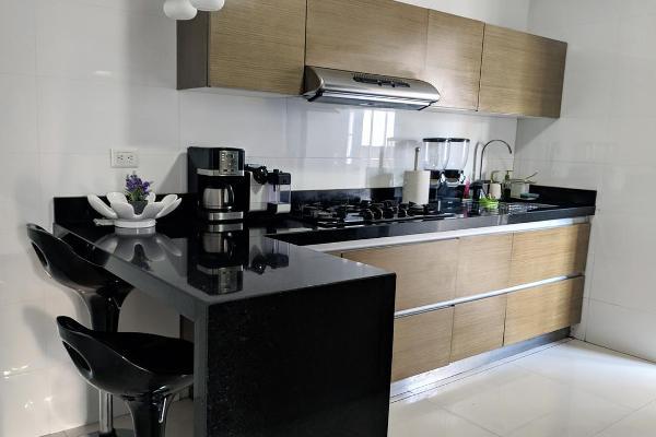 Foto de casa en venta en  , cerradas de cumbres sector alcalá, monterrey, nuevo león, 9942754 No. 02