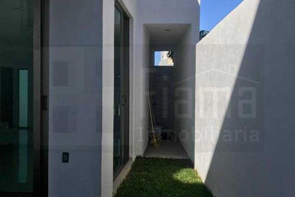 Foto de casa en venta en cerro blanco , villas del parque, tepic, nayarit, 8452272 No. 02