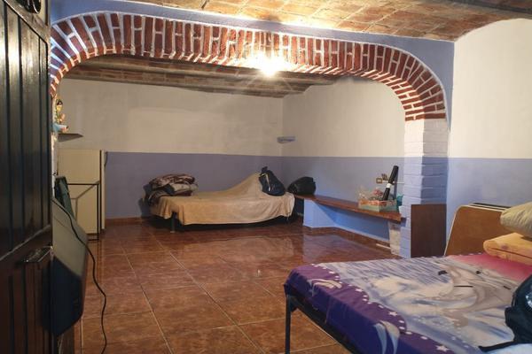 Foto de casa en venta en  , cerro de los leones, guanajuato, guanajuato, 0 No. 02