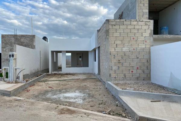 Foto de casa en venta en  , chichi suárez, mérida, yucatán, 14030246 No. 04