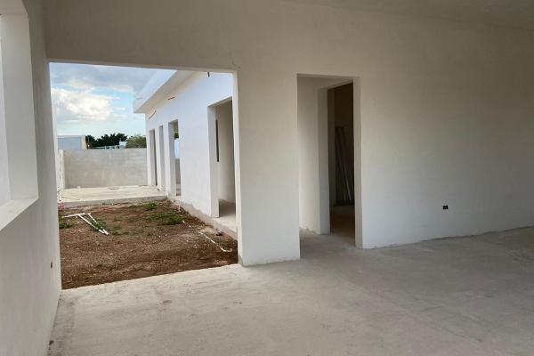 Foto de casa en venta en  , chichi suárez, mérida, yucatán, 14030246 No. 06