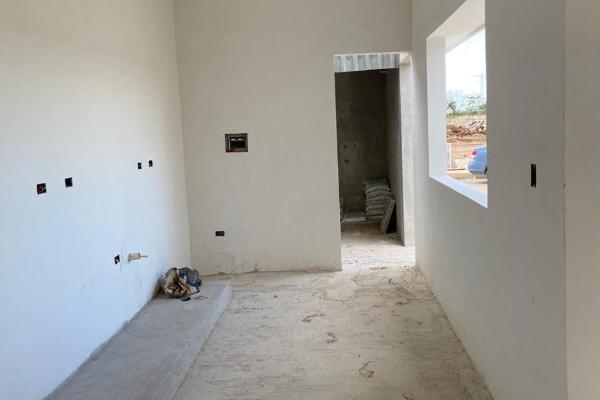 Foto de casa en venta en  , chichi suárez, mérida, yucatán, 14030246 No. 08