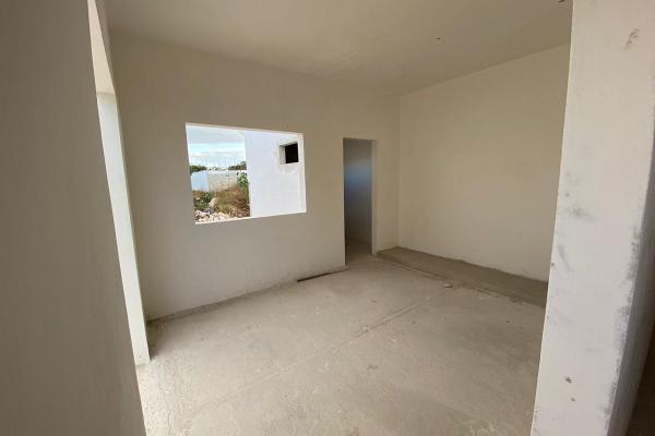 Foto de casa en venta en  , chichi suárez, mérida, yucatán, 14030246 No. 11