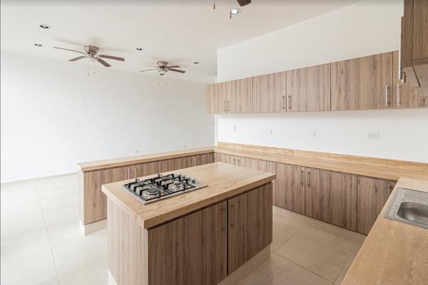 Foto de casa en venta en  , chichi suárez, mérida, yucatán, 15235501 No. 04