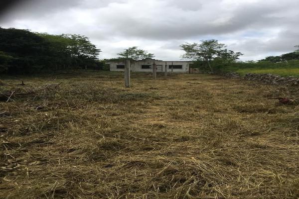 Foto de terreno habitacional en venta en  , chichi suárez, mérida, yucatán, 7158255 No. 01