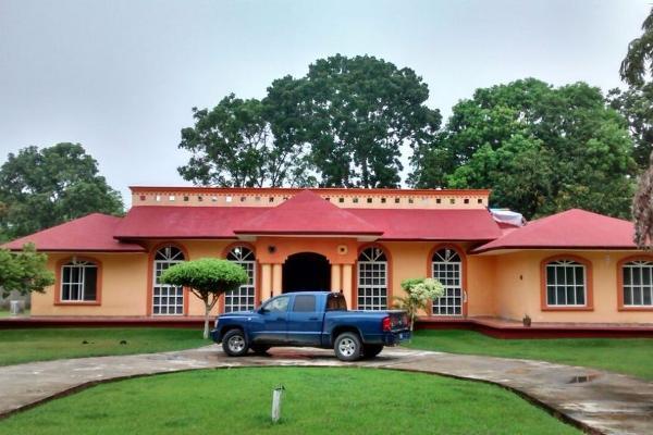 Foto de rancho en venta en  , chichicapa, comalcalco, tabasco, 2632775 No. 01