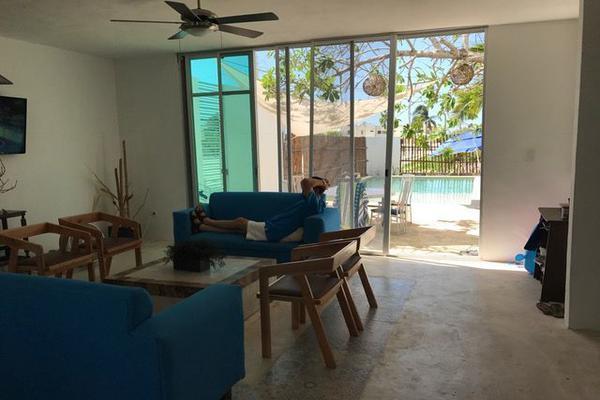 Foto de casa en venta en  , chicxulub puerto, progreso, yucatán, 15218536 No. 02