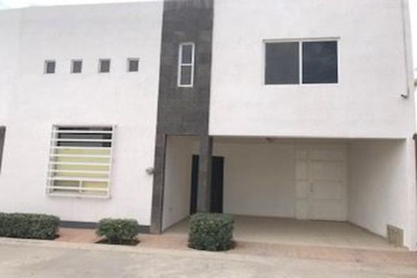 Foto de casa en venta en chihuahua , las huertas, lerdo, durango, 10028967 No. 01