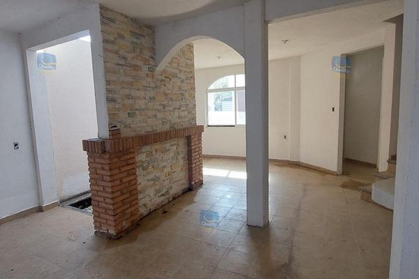 Foto de casa en venta en  , chilpancingo de los bravos centro, chilpancingo de los bravo, guerrero, 14024268 No. 02