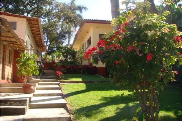 Foto de terreno habitacional en venta en  , chipitlán, cuernavaca, morelos, 19081372 No. 02