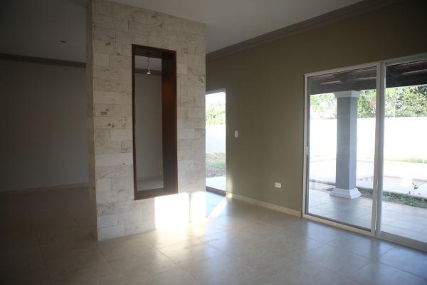 Foto de casa en venta en  , cholul, mérida, yucatán, 13389275 No. 03