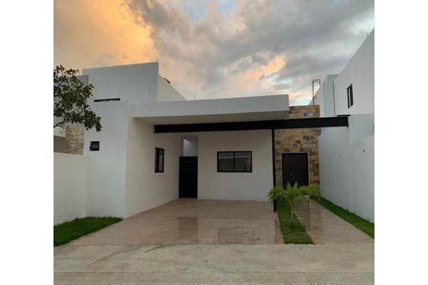 Foto de casa en venta en  , cholul, mérida, yucatán, 14026151 No. 01