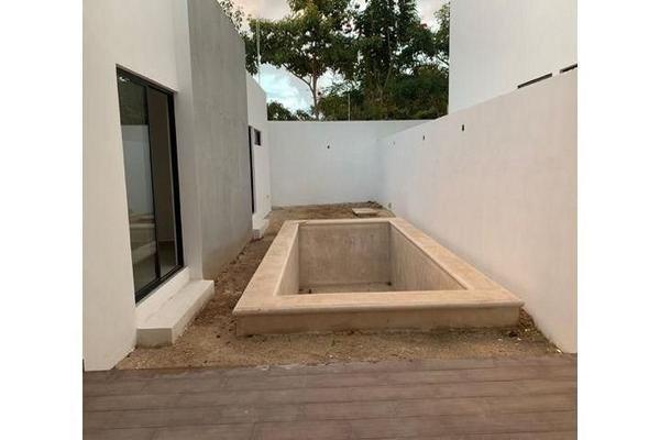 Foto de casa en venta en  , cholul, mérida, yucatán, 14026151 No. 04
