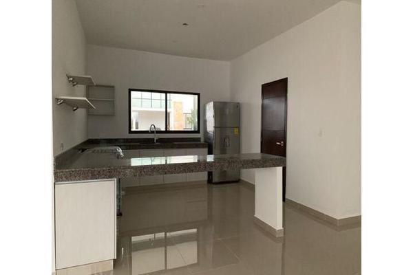 Foto de casa en venta en  , cholul, mérida, yucatán, 14026151 No. 05