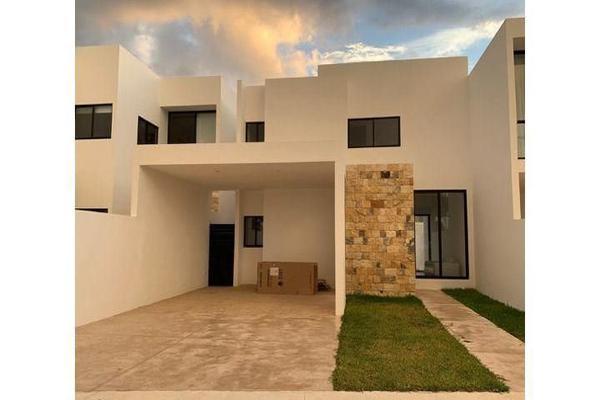 Foto de casa en venta en  , cholul, mérida, yucatán, 14026159 No. 01