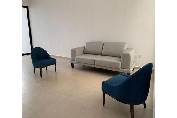 Foto de casa en venta en  , cholul, mérida, yucatán, 14026159 No. 02