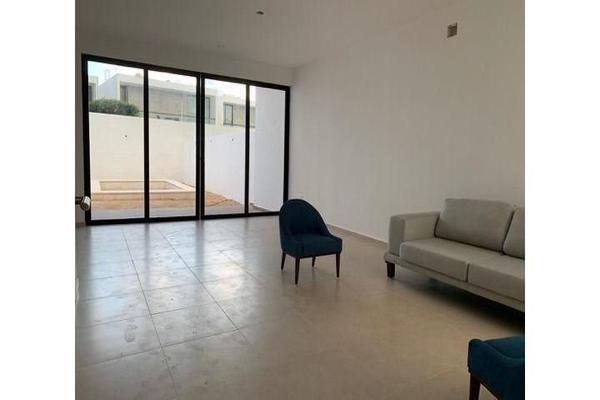 Foto de casa en venta en  , cholul, mérida, yucatán, 14026159 No. 03
