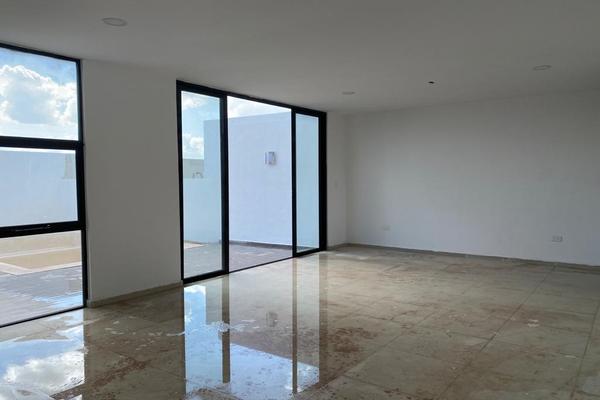 Foto de casa en venta en  , cholul, mérida, yucatán, 14026163 No. 05