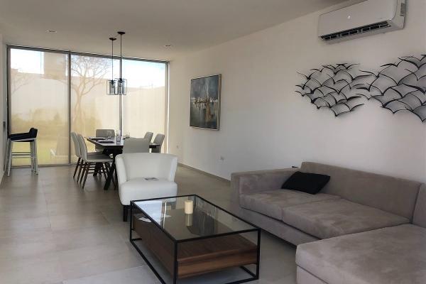 Foto de casa en venta en  , cholul, mérida, yucatán, 14026183 No. 03