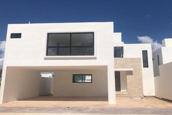 Foto de casa en venta en  , cholul, mérida, yucatán, 14026231 No. 01