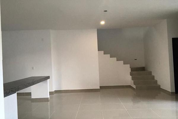 Foto de casa en venta en  , cholul, mérida, yucatán, 14026247 No. 01