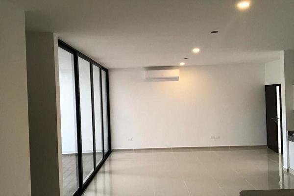 Foto de casa en venta en  , cholul, mérida, yucatán, 14026247 No. 02