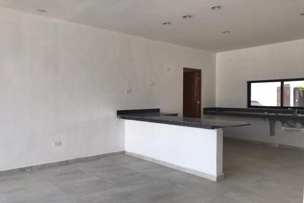 Foto de casa en venta en  , cholul, mérida, yucatán, 14027430 No. 04