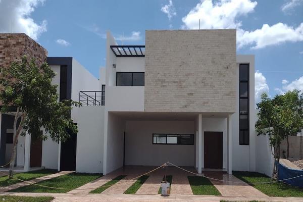 Foto de casa en venta en  , cholul, mérida, yucatán, 14027434 No. 01