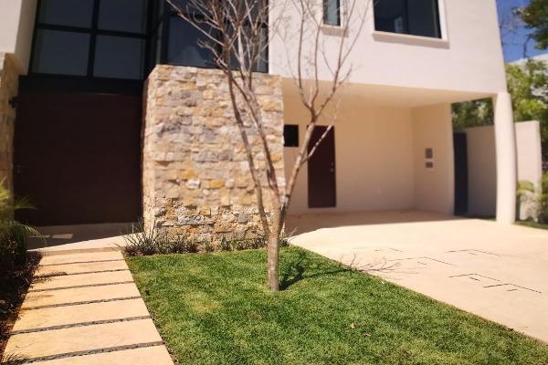 Foto de casa en venta en  , cholul, mérida, yucatán, 14027506 No. 01