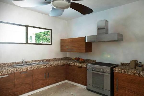 Foto de casa en venta en  , sitpach, mérida, yucatán, 2628912 No. 03
