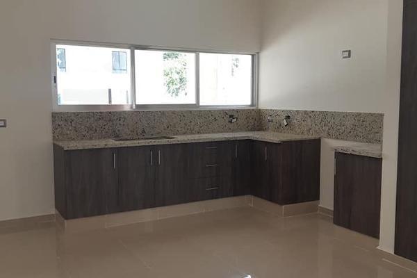 Foto de casa en venta en  , cholul, mérida, yucatán, 4642270 No. 02